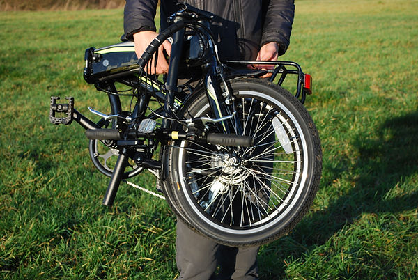 bicycle folding ebike carrera bike fold test review commue