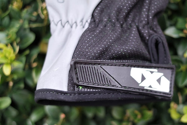 Oxford Bright 3.0 cycling waterproof gloves mitts test review