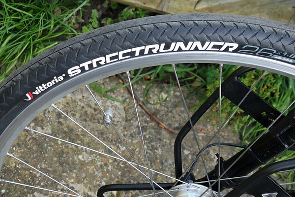 Vittoria street runner bicycle bike tyre tire