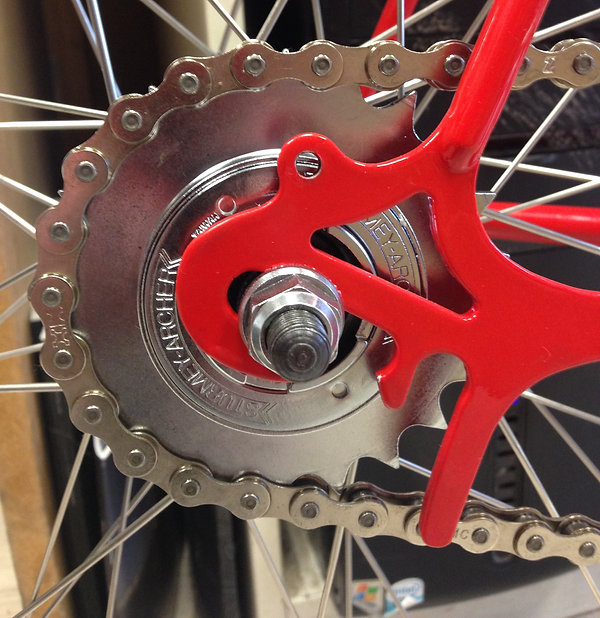Single-speed cog on Miche hub