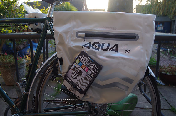 Oxford Aqua V14 pannier test review bicycle bike bag luggae commute