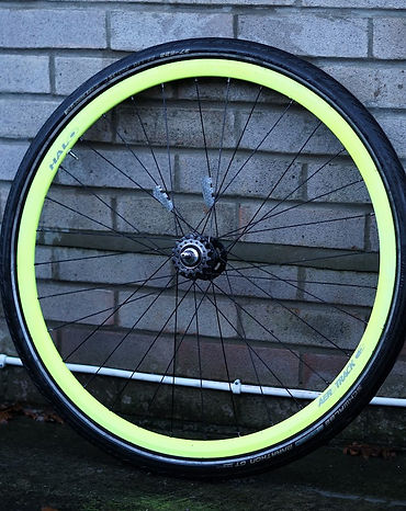 bicycle cycle bike wheel spokes hub