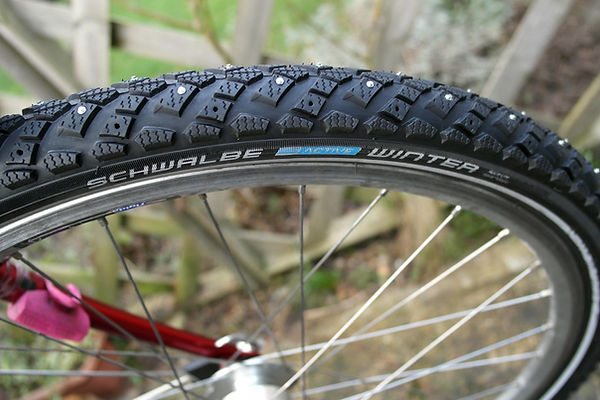 Schwalbe Winter Spiked cycling Bicycle Tyres Studs