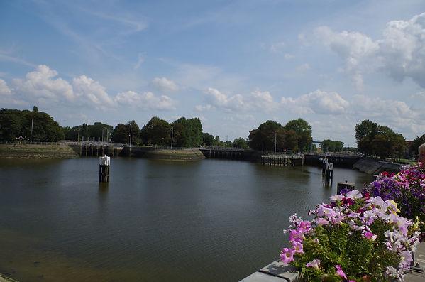 The Goosefoot Locks, Nieuwpoort