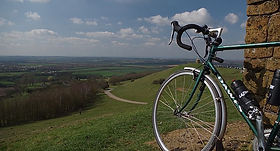 bike bicyc;e burton dassett country park warwickshire countryside