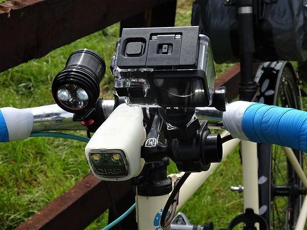 bicycle cyclist bar handlebar camera light velo range