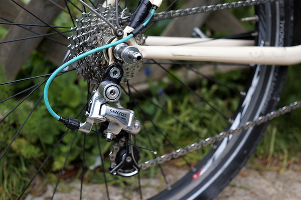 cycle bicycle stay chain gears derailleur