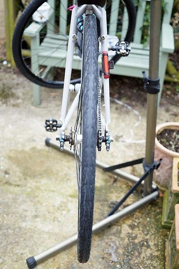 VEE Tire Baldy Tyre in situ tread