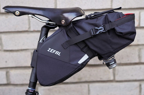 bicycle cycle bag luggage saddle seat post