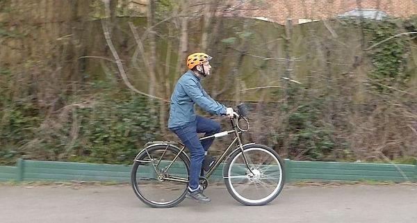 urban cycling e bike