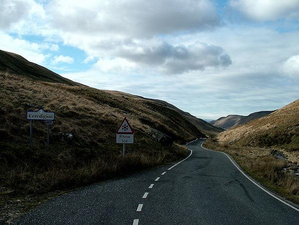 valley road rhiw sign Cwmystwyth