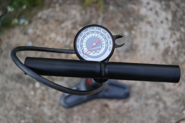 Track pump cycle bicycle bike gauge floor