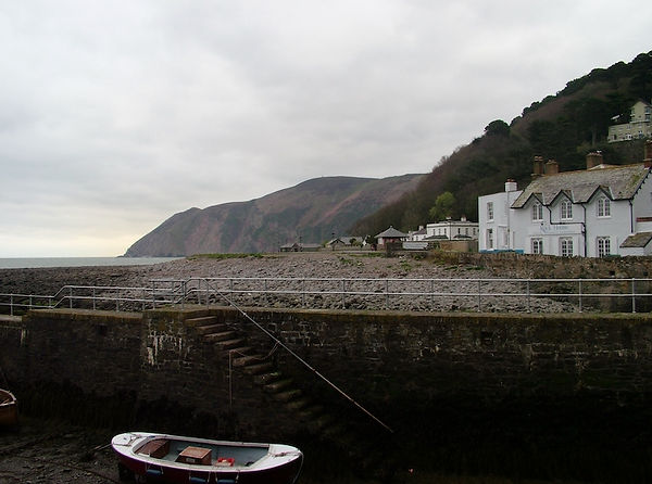 lynmouth coast sea shingle cliifs