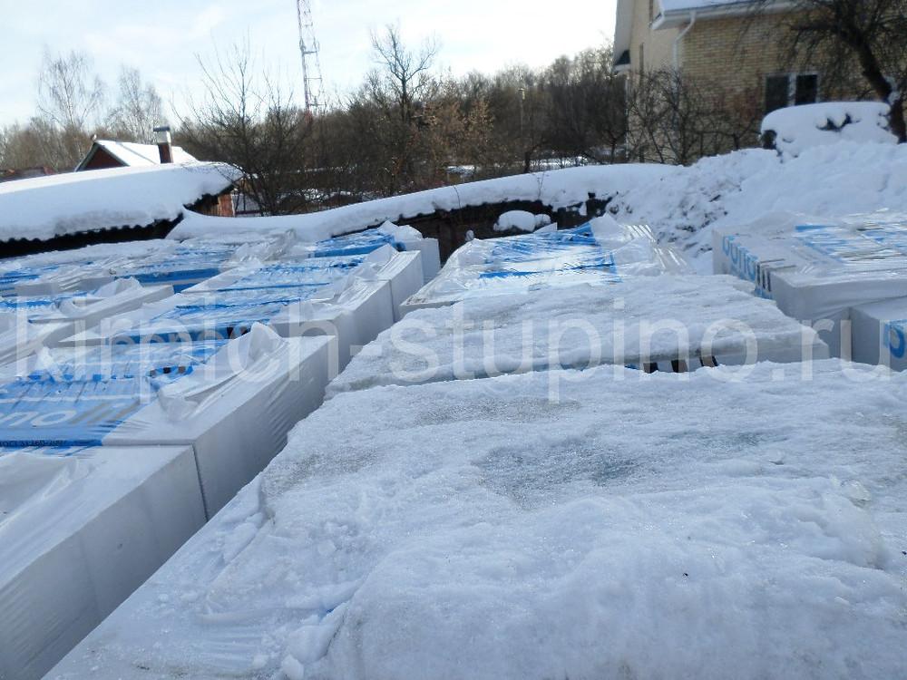 Бонолит блоки упаковка с верху зимой