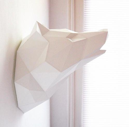 Trophée Loup en papier blanc