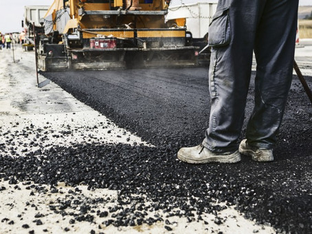 Give Your Driveway and Parking Lot a Strong Foundation With Commercial Paving