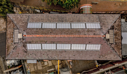Rooflight with glazing bar