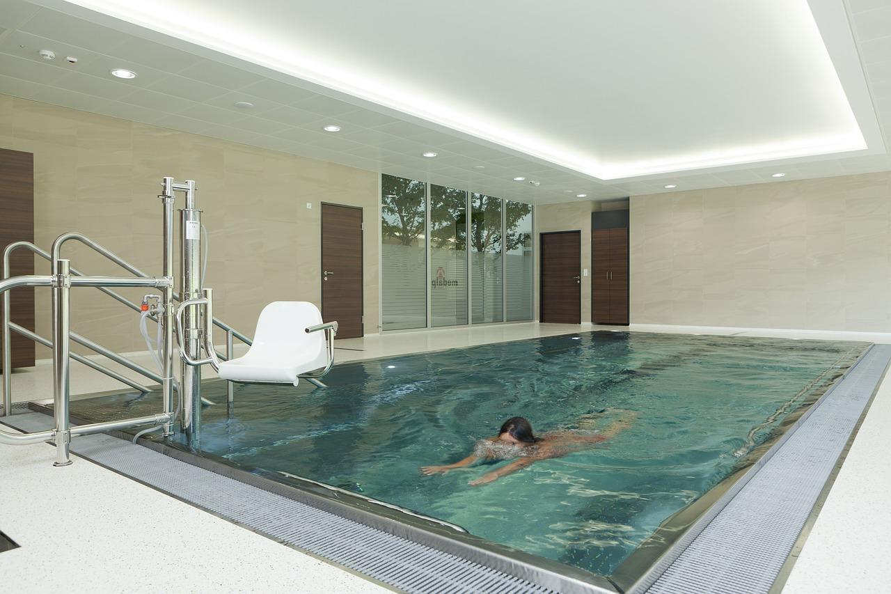 swim-540595_1280