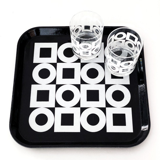 Modernista tray and glasses