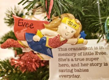 SuperEvee Ornament