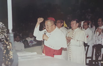 +Jaime Cardinal Sin addresses the delegates of the 1st Divine Mercy Media Convention