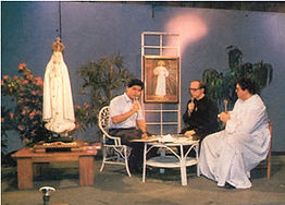 """Bro. Don de Castro hosting""""The Hour of Great Mercy"""" live on Channel 4"""