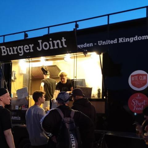 tommis_burger_joint_berlin_2jpg