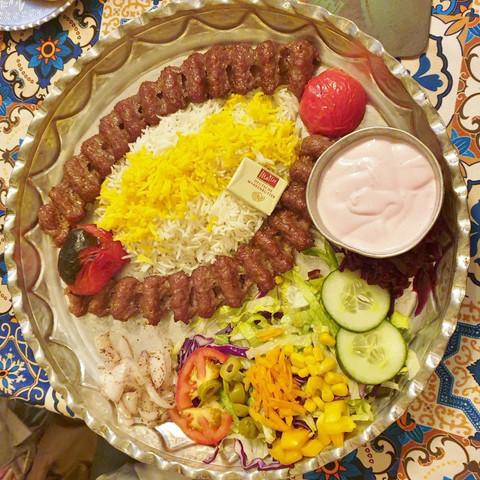 restaurant-sara-bremen-tschelo-kabab