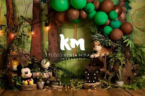 Fundo Fotográfico em Tecido Helanca Light -Mickey safari - Kenia Miranda