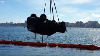 Taranto, la Serveco recupera 500 tonnellate di rifiutinel Mar Piccolo