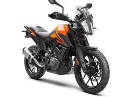 KTM-390-ADVENTURE-MY20-Orange-front-righ