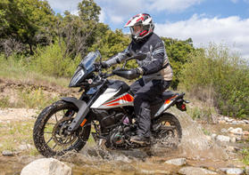 2020-KTM-390-Adventure-Review-ADV-motorc