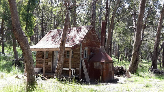 Creek Cottage 2.jpg