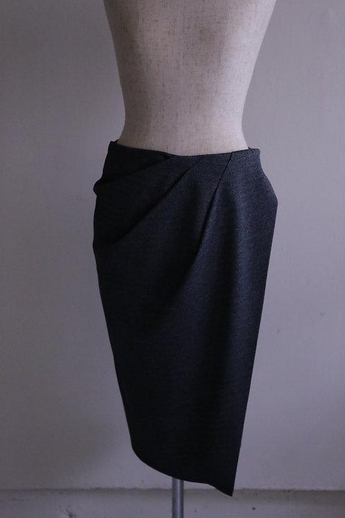 ドレープ巻きスカート
