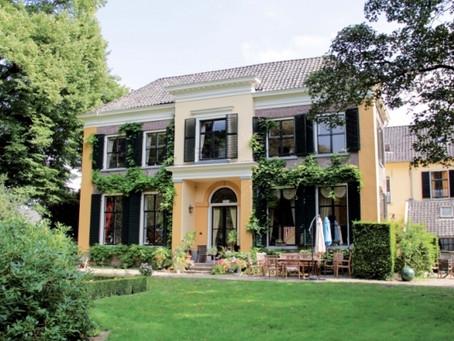 Singing Opera for the Elderly at Huis-Welgelegen, Holland