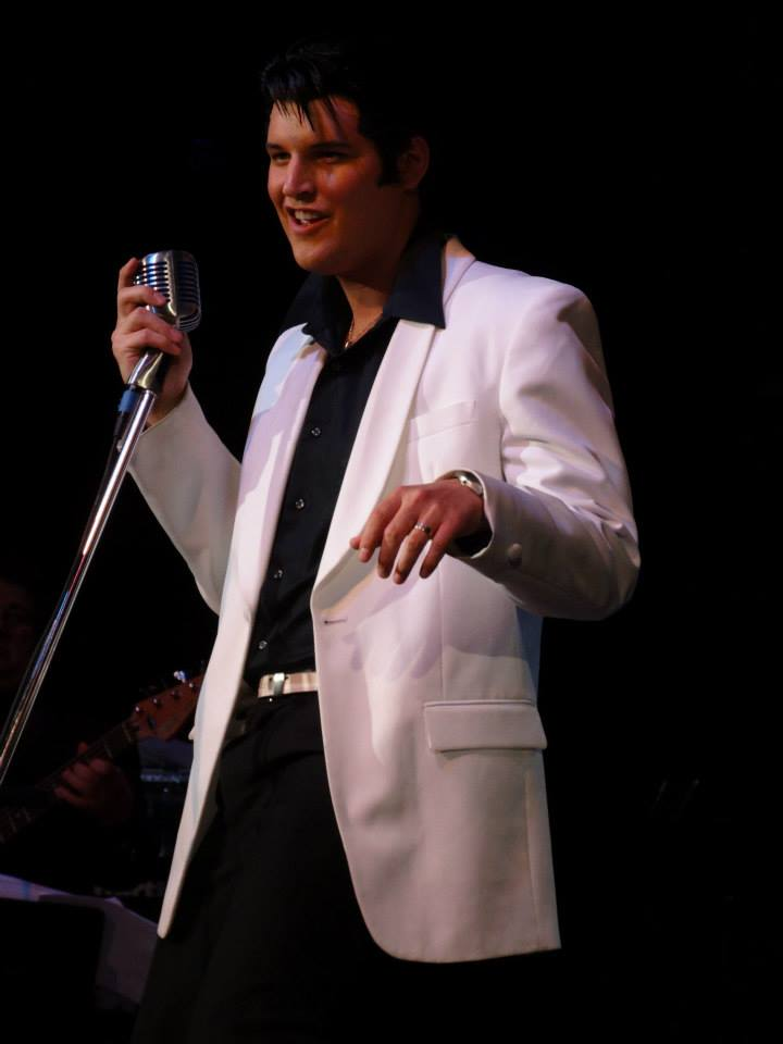 Cody Wise as Elvis