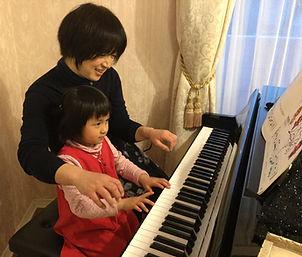 ピアノ こども 先生