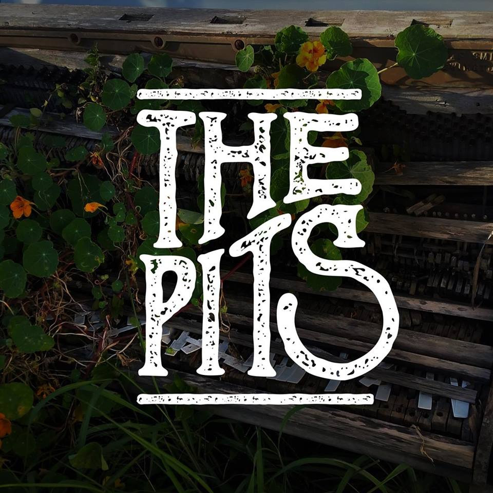 the pits logo