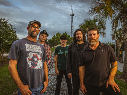 HOT WATER MUSIC signs with EQUAL VISION RECORDS. Announces 2022 Tour!