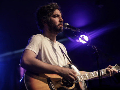 Josh Radnor (How I Met Your Mother) Releases new single, announces solo album!
