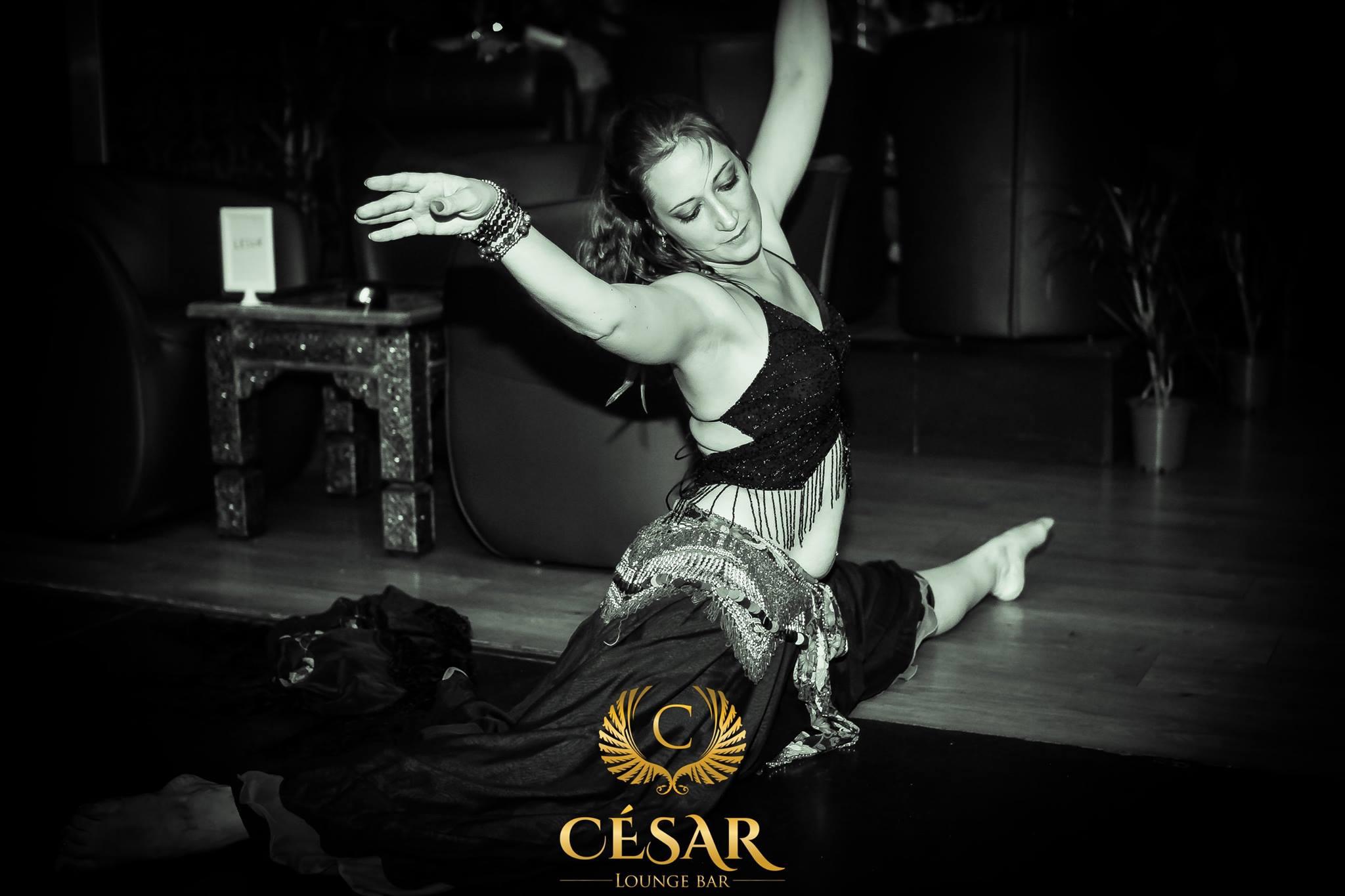 photo divers salsa kara dance