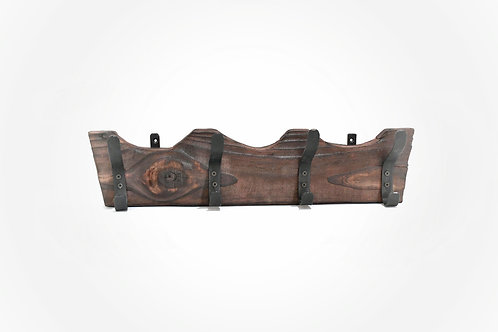 Perchero de hierro y madera