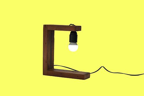 Lámpara de Madera Rústica