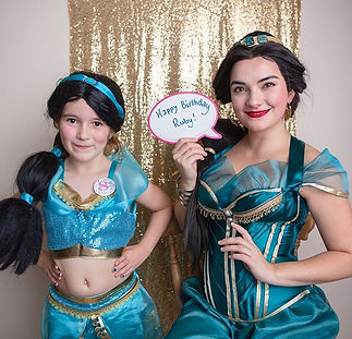 Far Far Away Event Arabian Princess in Bath. Photo by Rose Dedman. Family events and children's parties. Entertainer.