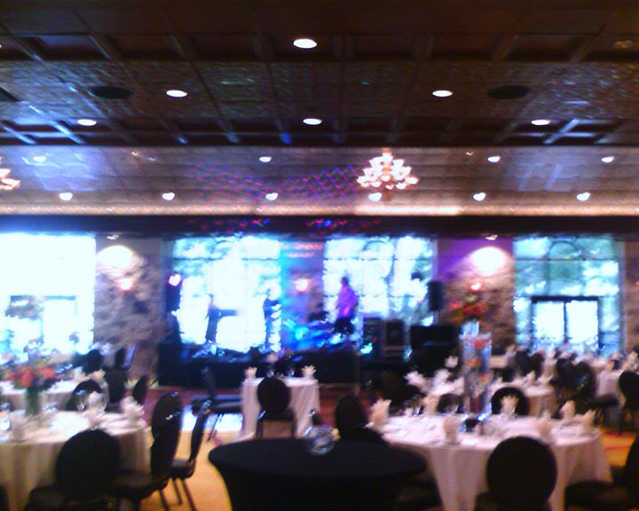 Glass Oaks Balroom 2011