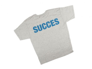 Wrap Up the Office Party with Custom T-shirt Giveaways