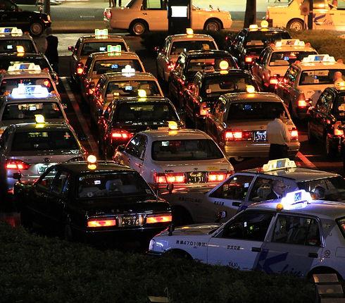 taxis-1692404_1920.jpg