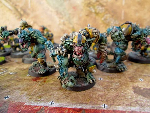 Blood Bowl Trolls