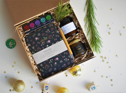 Christmas Tea box.jpg