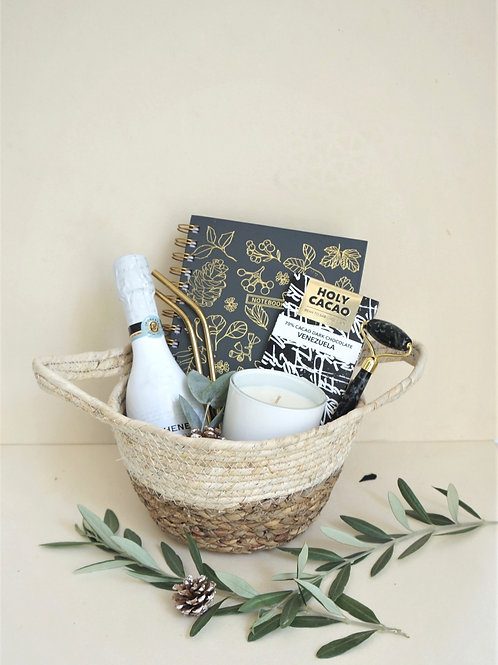 The Pamper Basket